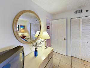 18450 Gulf Blvd Condo Unit 204 Condo, Appartamenti  Clearwater Beach - big - 4