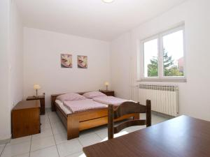 Apartments Zorka 1421, Apartmány  Pješčana Uvala  - big - 14