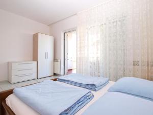 Apartments Zorka 1421, Apartments  Pješčana Uvala  - big - 12