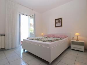 Apartments Zorka 1421, Apartments  Pješčana Uvala  - big - 36