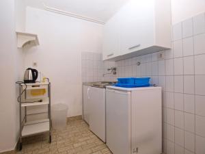 Apartments Zorka 1421, Apartmány  Pješčana Uvala  - big - 26