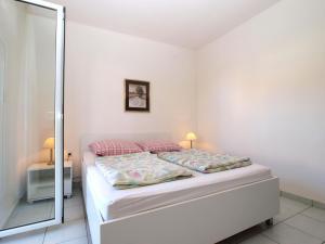 Apartments Zorka 1421, Apartments  Pješčana Uvala  - big - 30