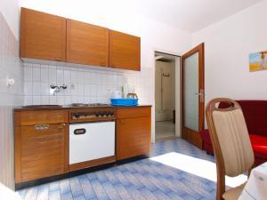 Apartments Zorka 1421, Apartments  Pješčana Uvala  - big - 31