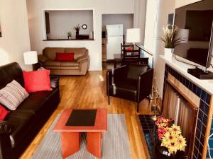 Santa Monica Apartment, Apartmány  North Vancouver - big - 13