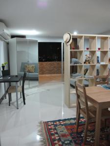 Nice Simple Place, Apartmány  Bangkok - big - 3