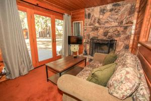 1706 - Robin Retreat Cottage, Case vacanze  Big Bear Lake - big - 20