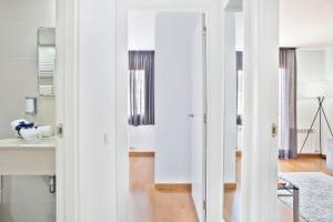 Habitat Apartments Guitart, Apartmány  Barcelona - big - 18