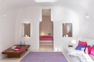 Perivolas Hotel(Oia)