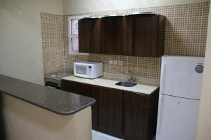 Dorar Darea Hotel Apartments - Al Mughrizat, Апарт-отели  Эр-Рияд - big - 20