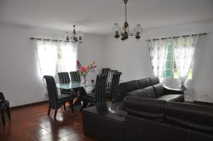 Casa Rua da Cidade, Vidiecke domy  Ponta Delgada - big - 13