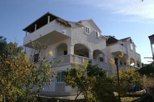 Apartment Supetar 2945a