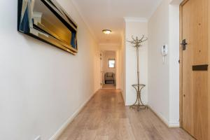 Brownhill Property, Apartmanok  London - big - 16