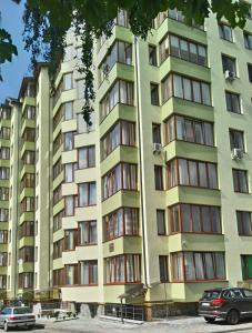 Apartment on Stepana Bandery 35
