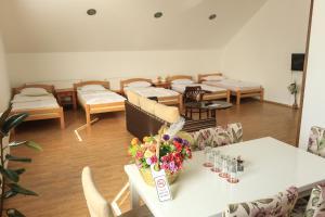 Pansion Centar, Bed & Breakfasts  Tuzla - big - 24