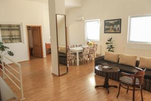 Pansion Centar, Bed & Breakfasts  Tuzla - big - 23