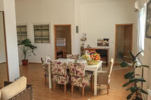 Pansion Centar, Bed & Breakfasts  Tuzla - big - 20