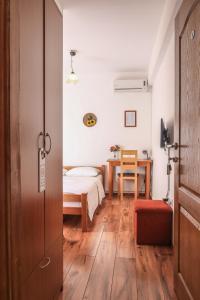 Pansion Centar, Bed & Breakfasts  Tuzla - big - 7
