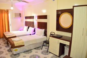 Tehran Hotel, Hotels  Dubai - big - 22