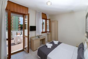 Hotel Airone - Adults only, Hotels  Bibione - big - 1
