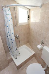 Apartment Zivogosce - Porat 10032c