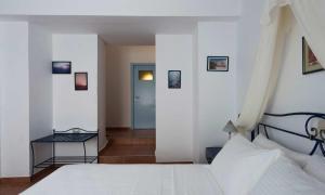 Kastro Suites(Fira)