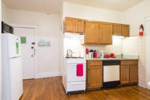 Family Apartment Close to Fenway Park With One Parking Spot - 3, Apartments  Boston - big - 5