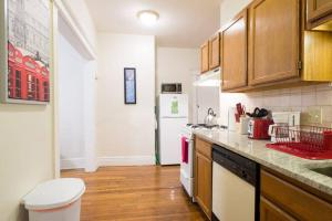 Family Apartment Close to Fenway Park With One Parking Spot - 3, Apartments  Boston - big - 19