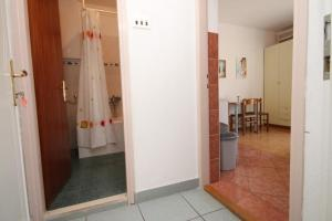 Apartment Makarska 6693a, Апартаменты  Макарска - big - 7