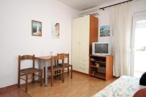 Apartment Makarska 6693a, Апартаменты  Макарска - big - 3