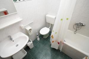 Apartment Makarska 6693a, Апартаменты  Макарска - big - 13