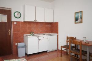 Apartment Makarska 6693a, Апартаменты  Макарска - big - 8