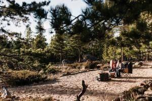 Mountain RV Experience on 35 Acres, Ferienhäuser  Black Hawk - big - 24
