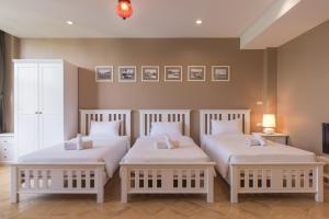 Feung Nakorn Balcony Rooms and Cafe, Отели  Бангкок - big - 29