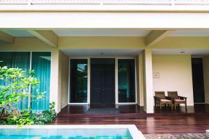 Feung Nakorn Balcony Rooms and Cafe, Отели  Бангкок - big - 30
