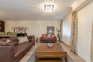Brownhill Property, Apartmanok  London - big - 47