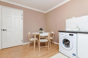 Brownhill Property, Apartmanok  London - big - 122