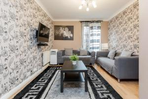 Brownhill Property, Apartmanok  London - big - 116