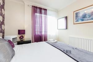 Brownhill Property, Apartmanok  London - big - 114