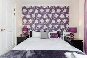 Brownhill Property, Apartmanok  London - big - 111