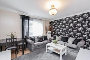Brownhill Property, Apartmanok  London - big - 106