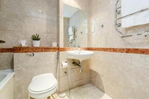 Brownhill Property, Apartmanok  London - big - 102