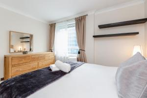 Brownhill Property, Apartmanok  London - big - 100