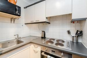 Brownhill Property, Apartmanok  London - big - 84