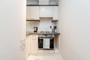 Brownhill Property, Apartmanok  London - big - 83