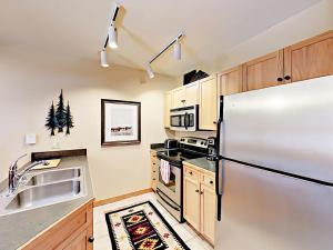 100 Dercum Studio #8337 Condo - Apartment - Keystone