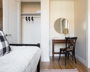 Three-Bedroom on Newbury Street Apt 31, Apartmány  Boston - big - 6