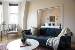 Three-Bedroom on Newbury Street Apt 31, Apartmány  Boston - big - 11