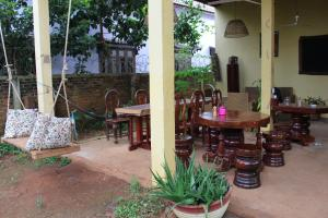 Banlung Kitchen, Bed & Breakfasts  Banlung - big - 66