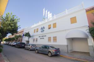 Hotel Isla Menor, Hotely  Dos Hermanas - big - 42