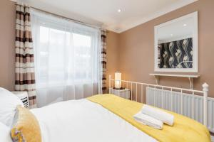 Brownhill Property, Apartmanok  London - big - 73